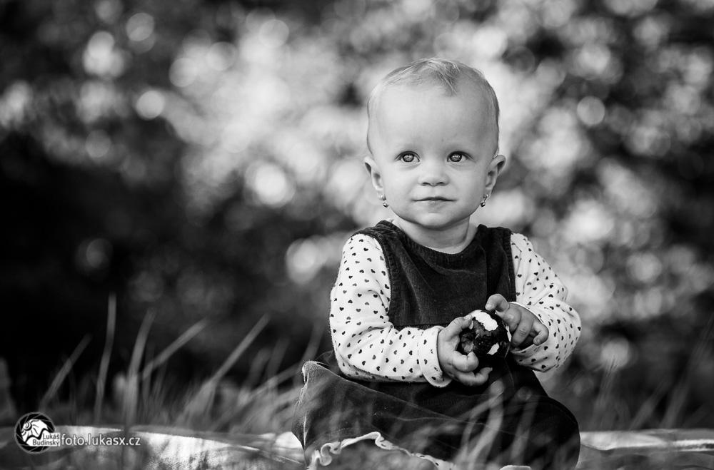 Černobílá rodinná fotografie ve Zlíně